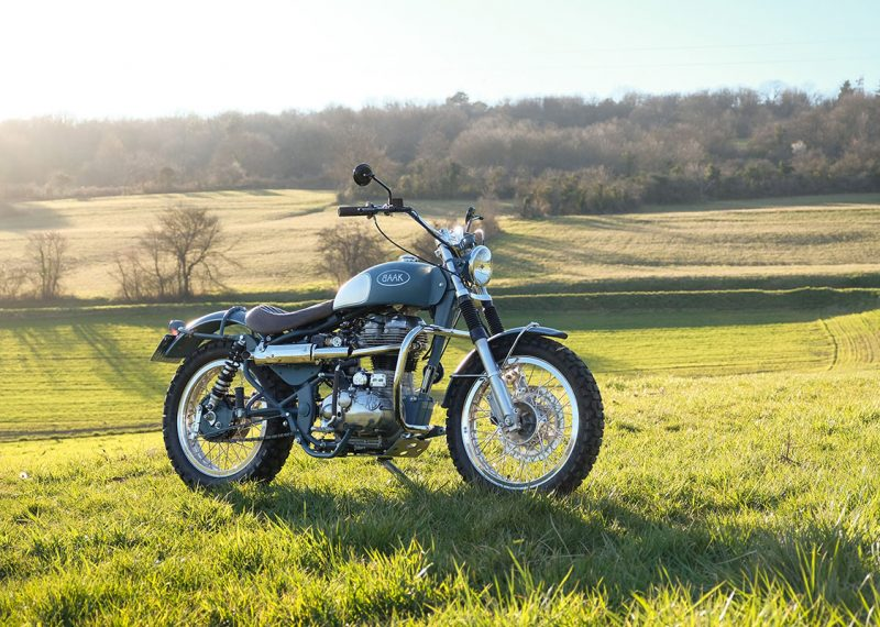 https://blog.baakmotocyclettes.com/nathalie-royal-enfield-classic-500-scrambler/